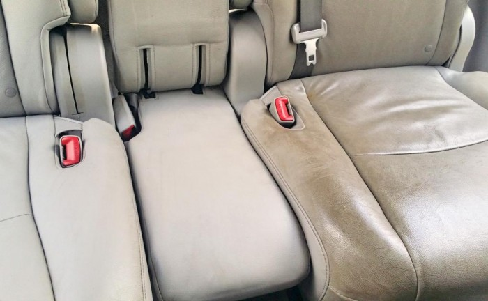 pulizia sedili auto